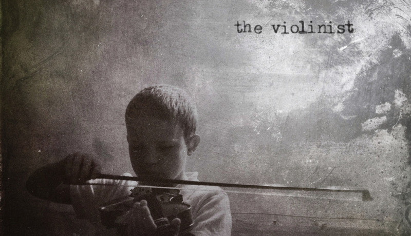 iphoneography - the violinist